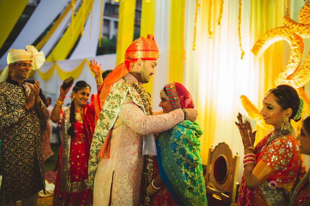 mumbai-gujarati-wedding-photographer-intocandid-photography-tg-091.jpg