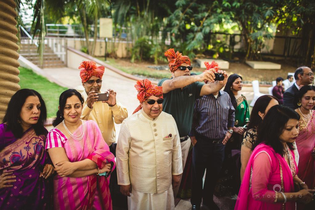 renaissance-powai-wedding-mumbai-intocandid-photography-21.jpg