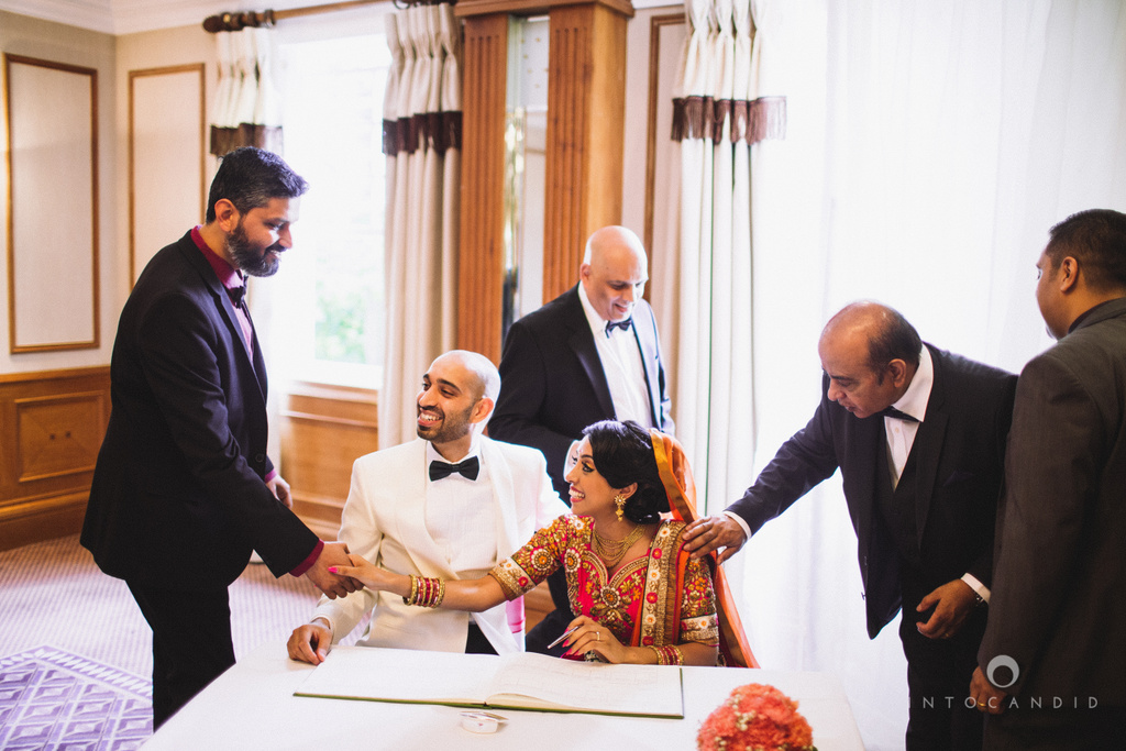 london-uk-manor-hotel-solihull-wedding-photography-intocandid-destination-photographers-ketan-manasvi-neetavimal-127.jpg