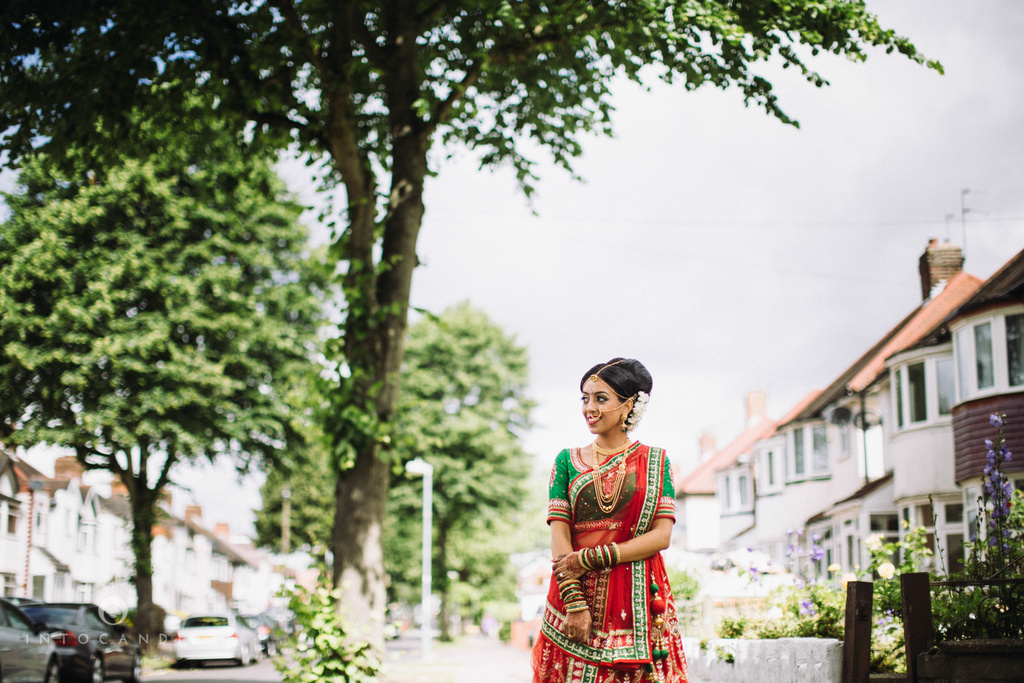 birmingham-wedding-photographer-uk-destination-wedding-photography-intocandid-ketan-manasvi-wedding-photographer-014.jpg