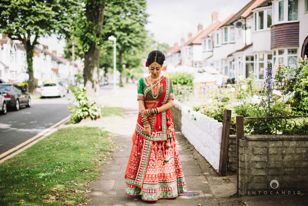 birmingham-wedding-photographer-uk-destination-wedding-photography-intocandid-ketan-manasvi-wedding-photographer-017.jpg