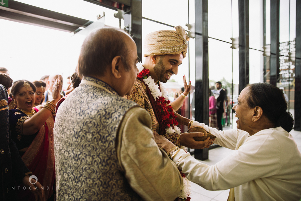 birmingham-wedding-photographer-uk-destination-wedding-photography-intocandid-ketan-manasvi-wedding-photographer-056.jpg