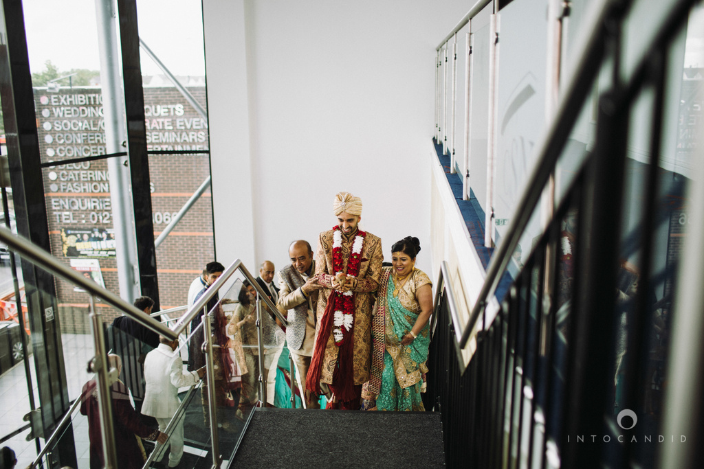 birmingham-wedding-photographer-uk-destination-wedding-photography-intocandid-ketan-manasvi-wedding-photographer-059.jpg