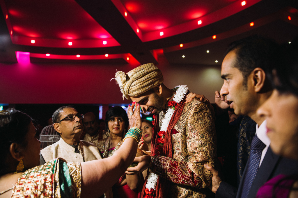 birmingham-wedding-photographer-uk-destination-wedding-photography-intocandid-ketan-manasvi-wedding-photographer-066.jpg