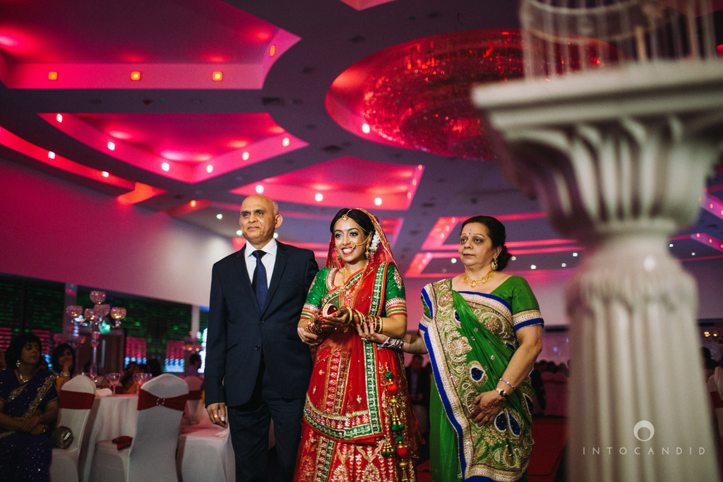 birmingham-wedding-photographer-uk-destination-wedding-photography-intocandid-ketan-manasvi-wedding-photographer-081.jpg