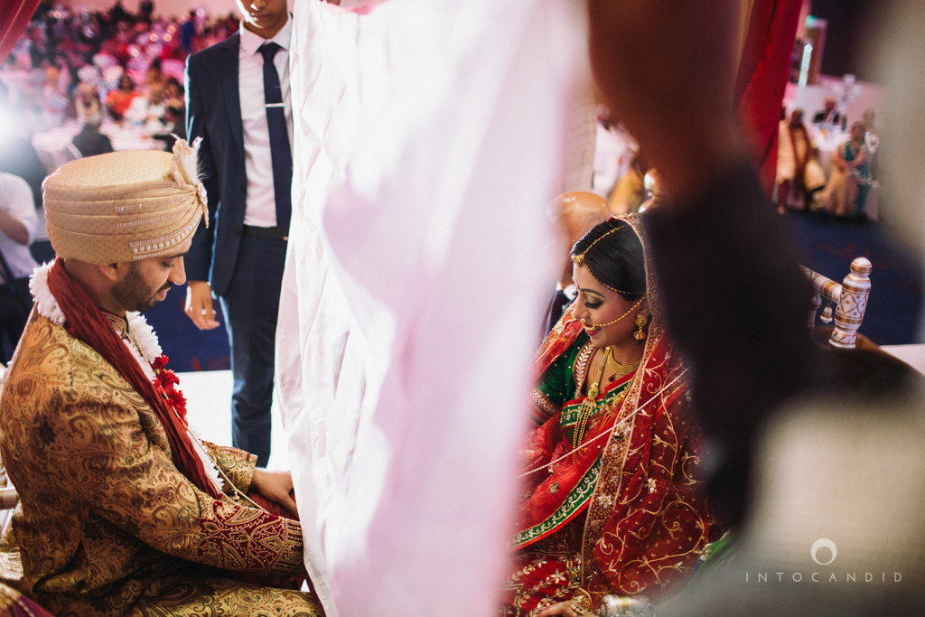 birmingham-wedding-photographer-uk-destination-wedding-photography-intocandid-ketan-manasvi-wedding-photographer-085.jpg