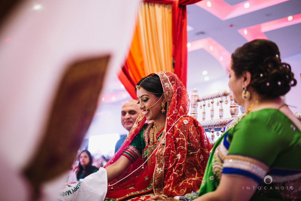 birmingham-wedding-photographer-uk-destination-wedding-photography-intocandid-ketan-manasvi-wedding-photographer-086.jpg