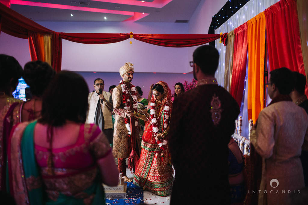 birmingham-wedding-photographer-uk-destination-wedding-photography-intocandid-ketan-manasvi-wedding-photographer-104.jpg