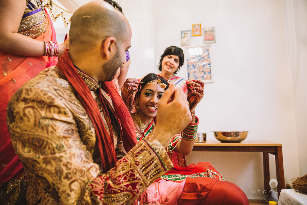 birmingham-wedding-photographer-uk-destination-wedding-photography-intocandid-ketan-manasvi-wedding-photographer-130.jpg