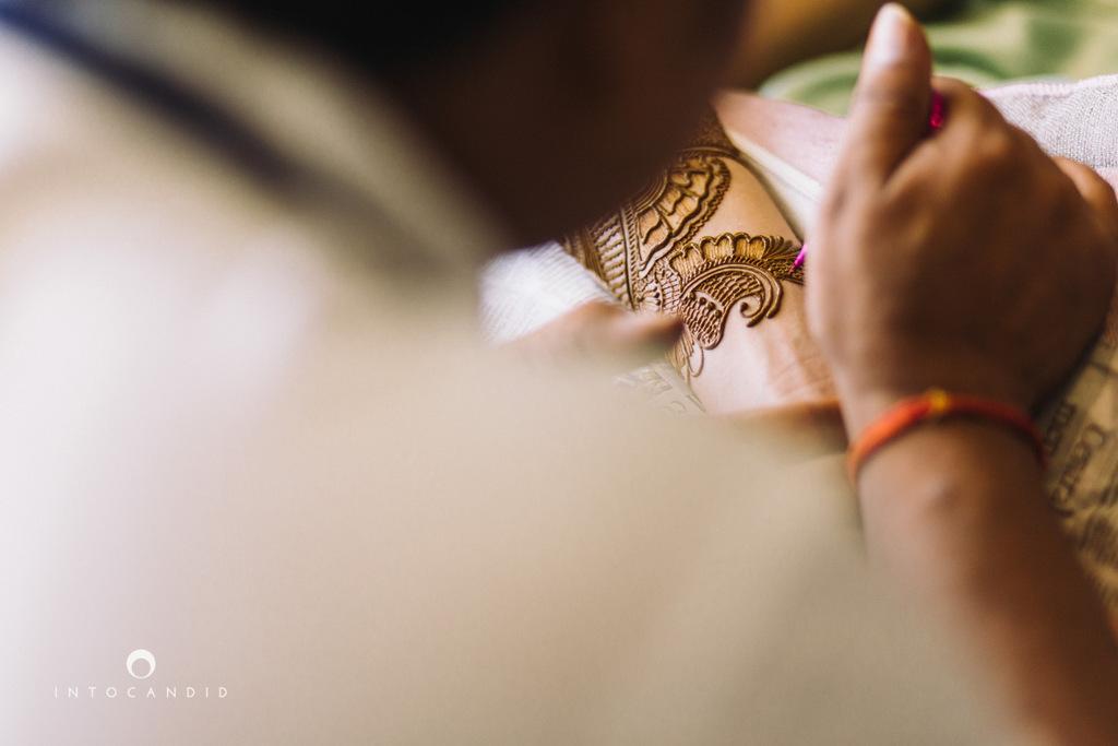 leela-kovalam-wedding-destination-indian-wedding-photography-intocandid-ra-05.jpg