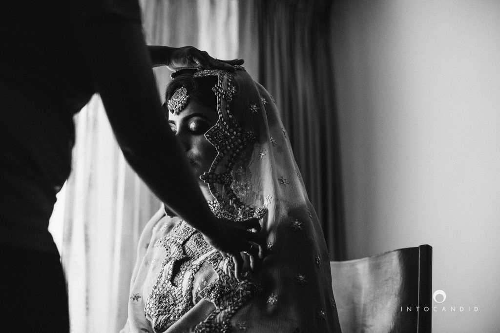 leela-kovalam-wedding-destination-indian-wedding-photography-intocandid-ra-11.jpg