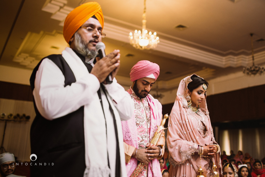 leela-kovalam-wedding-destination-indian-wedding-photography-intocandid-ra-18.jpg