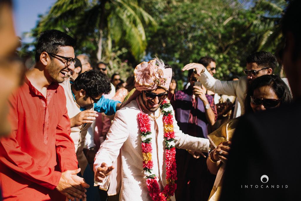 leela-kovalam-wedding-destination-indian-wedding-photography-intocandid-ra-28.jpg