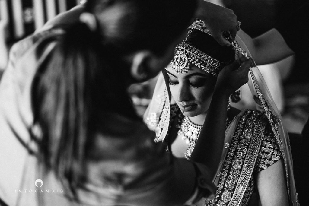 leela-kovalam-wedding-destination-indian-wedding-photography-intocandid-ra-30.jpg