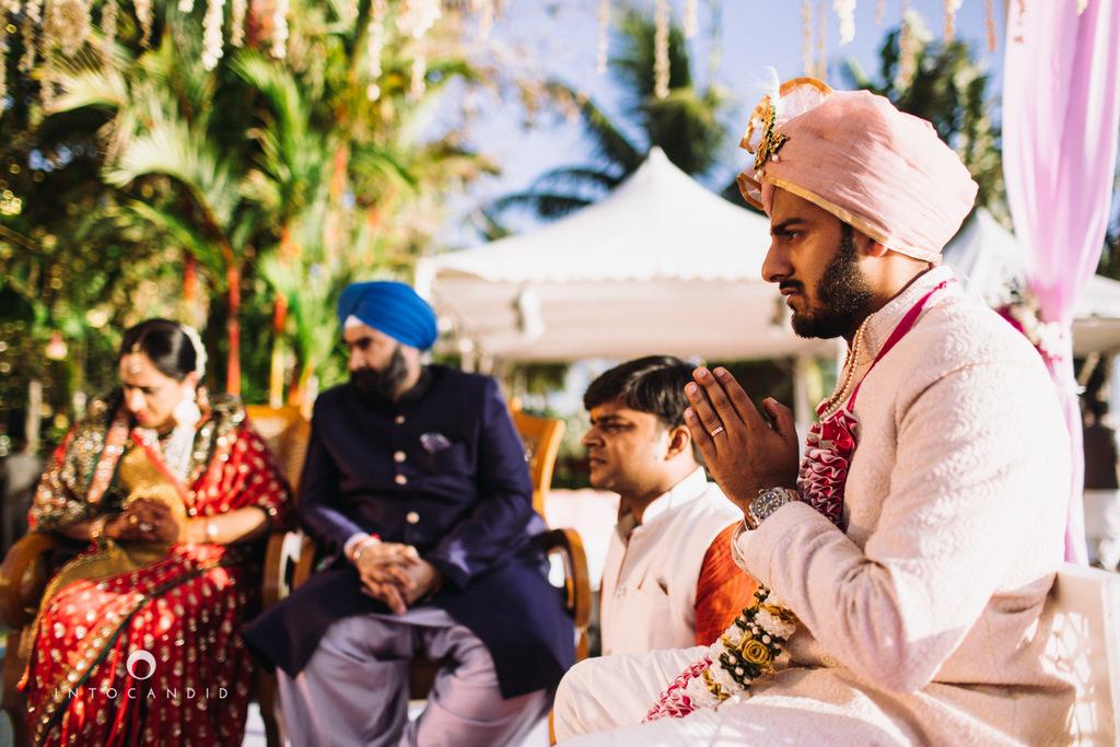 leela-kovalam-wedding-destination-indian-wedding-photography-intocandid-ra-42.jpg