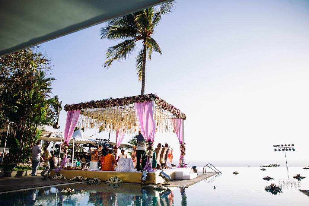 leela-kovalam-wedding-destination-indian-wedding-photography-intocandid-ra-48.jpg