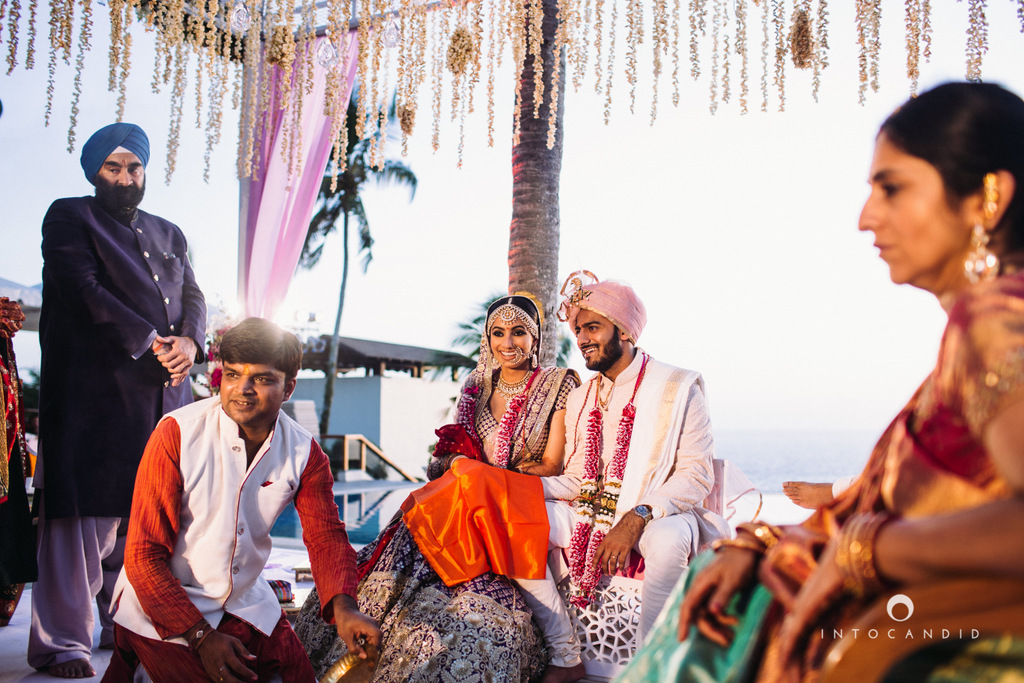 leela-kovalam-wedding-destination-indian-wedding-photography-intocandid-ra-57.jpg