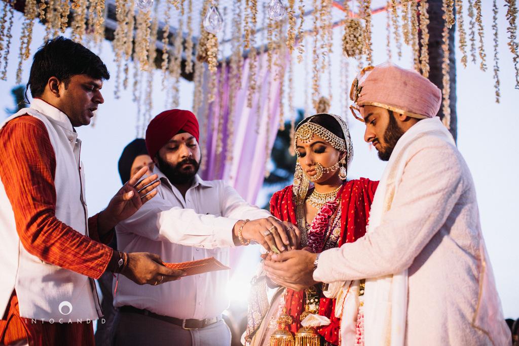 leela-kovalam-wedding-destination-indian-wedding-photography-intocandid-ra-60.jpg