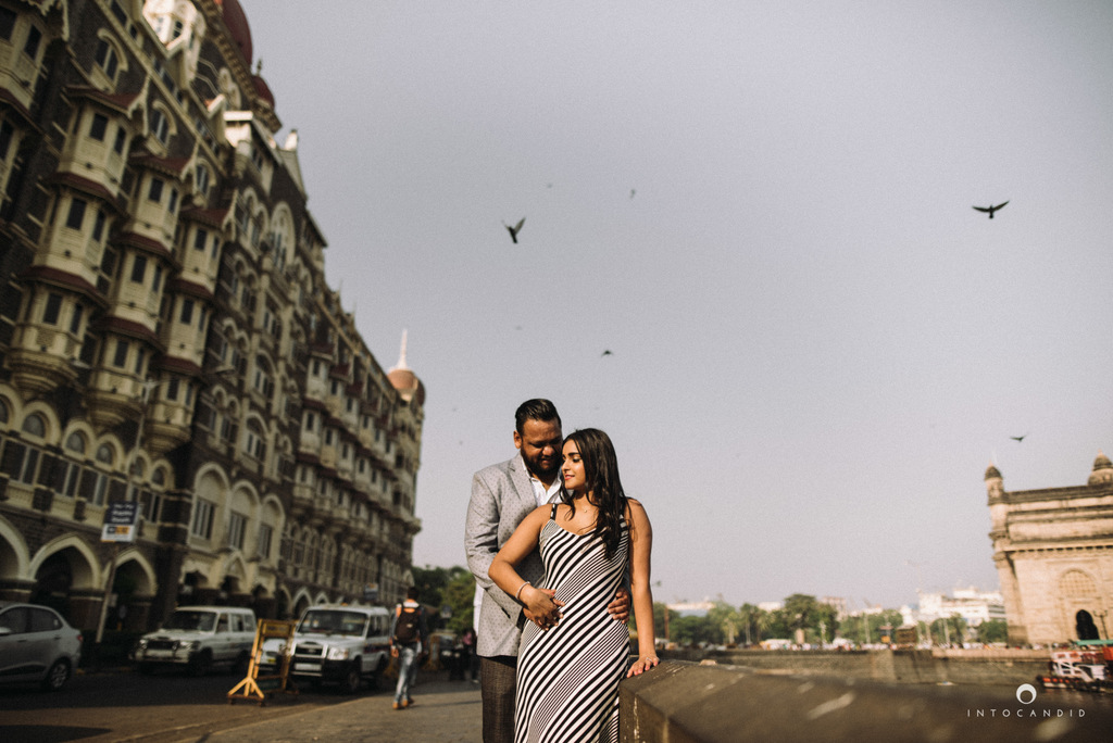 candid-wedding-photographer-mumbai-candid-wedding-photography-couple-shoot-prewedding-06.jpg