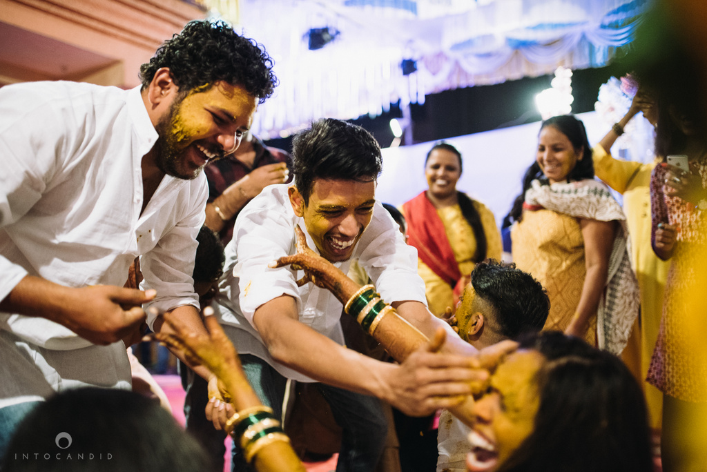 mumbai_marathi_wedding_photographer_intocandid_photography_ketan_manasvi_032.jpg