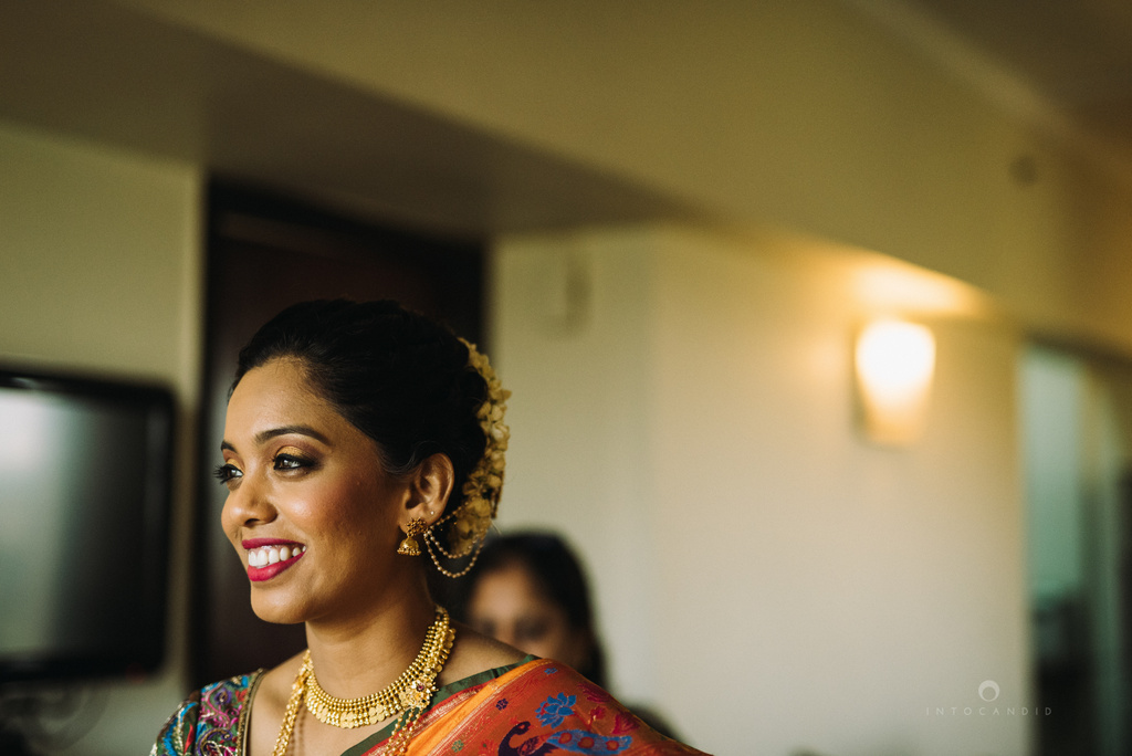 mumbai_marathi_wedding_photographer_intocandid_photography_ketan_manasvi_049.jpg
