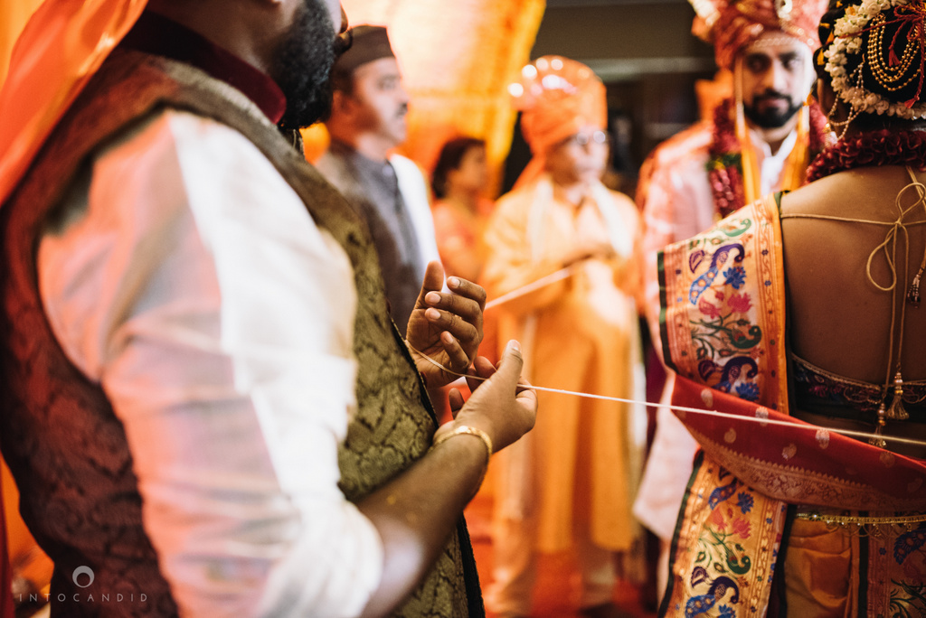 mumbai_marathi_wedding_photographer_intocandid_photography_ketan_manasvi_096.jpg