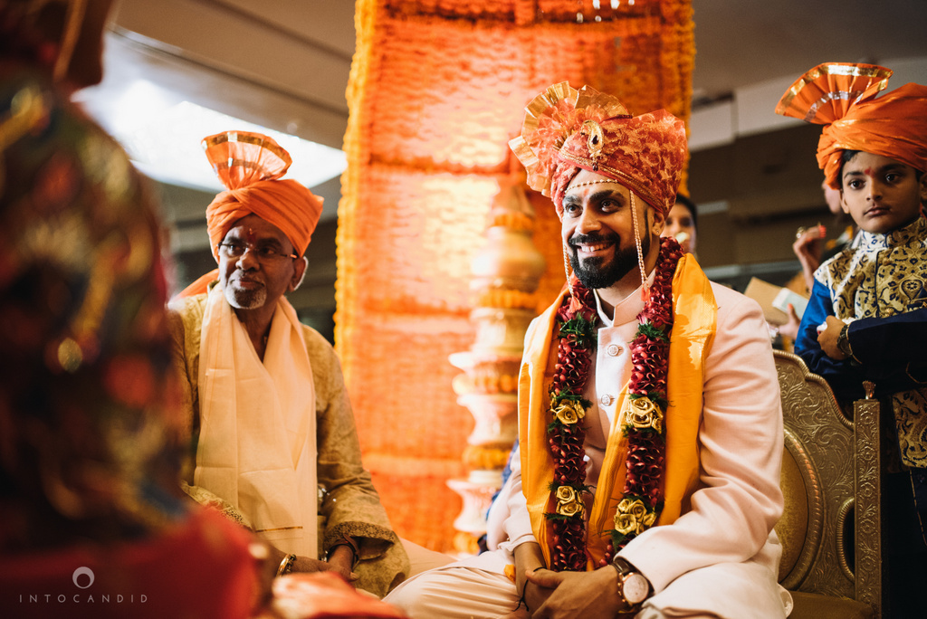 mumbai_marathi_wedding_photographer_intocandid_photography_ketan_manasvi_103.jpg