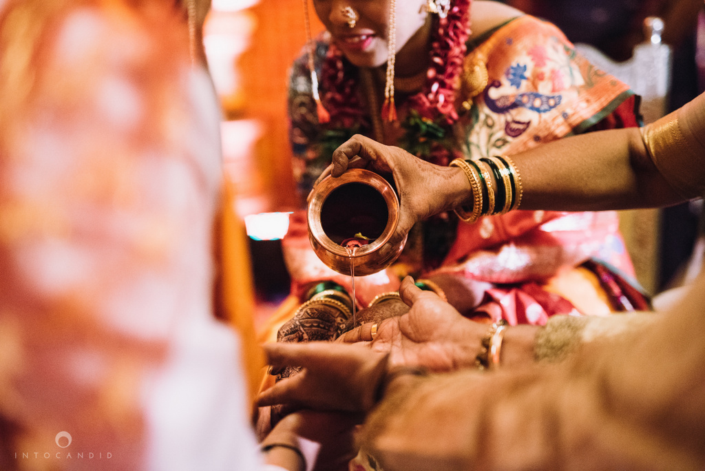 mumbai_marathi_wedding_photographer_intocandid_photography_ketan_manasvi_106.jpg