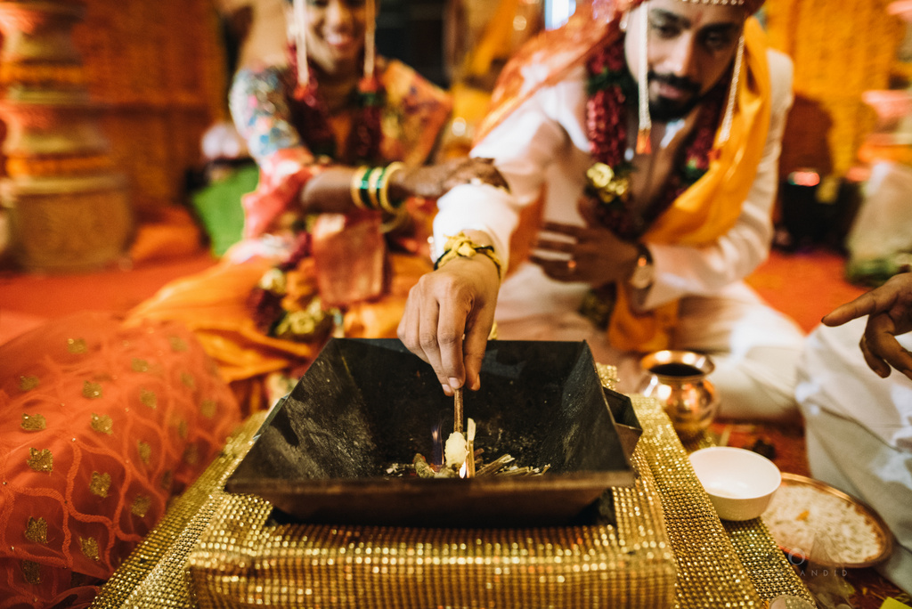 mumbai_marathi_wedding_photographer_intocandid_photography_ketan_manasvi_111.jpg
