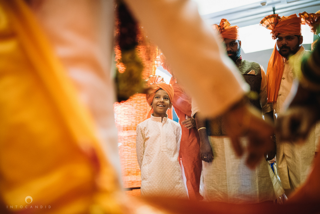 mumbai_marathi_wedding_photographer_intocandid_photography_ketan_manasvi_112.jpg