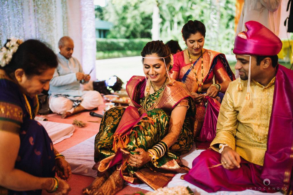 pune_wedding_photographer_intocandid_wedding_photography_ketan_photographer_manasvi_photographer_21.jpg