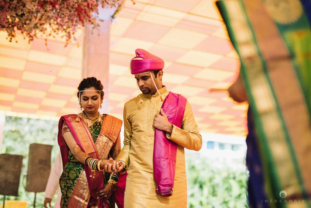 pune_wedding_photographer_intocandid_wedding_photography_ketan_photographer_manasvi_photographer_29.jpg