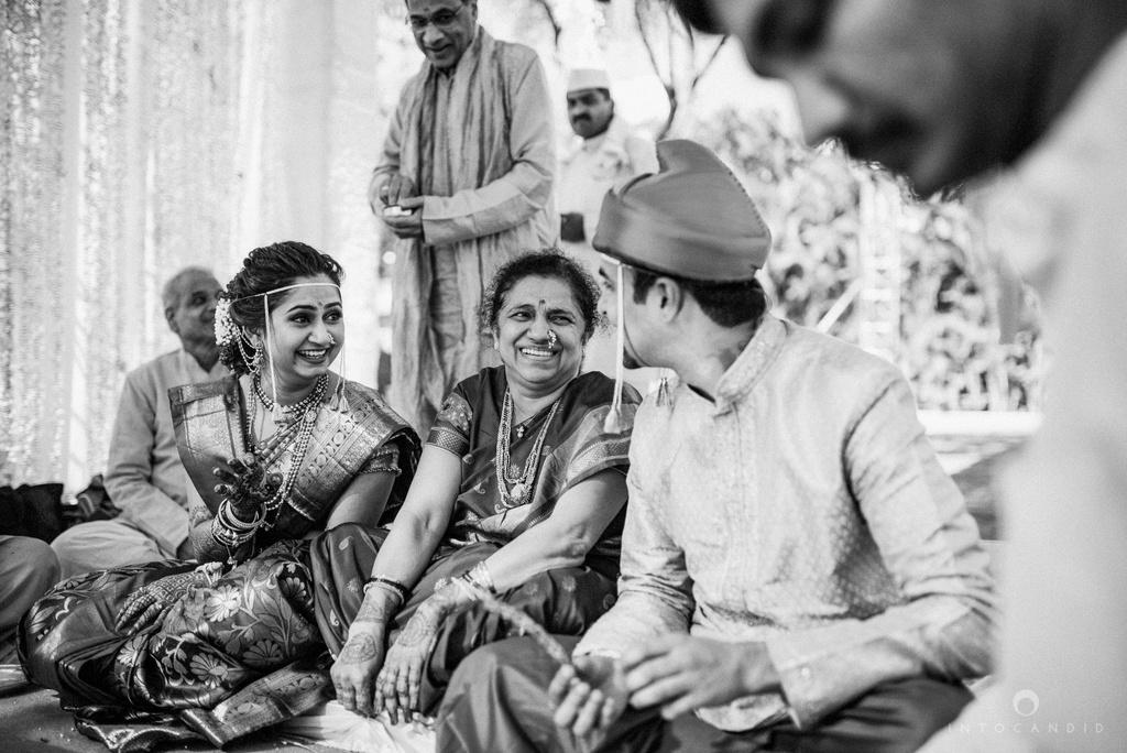 pune_wedding_photographer_intocandid_wedding_photography_ketan_photographer_manasvi_photographer_31.jpg