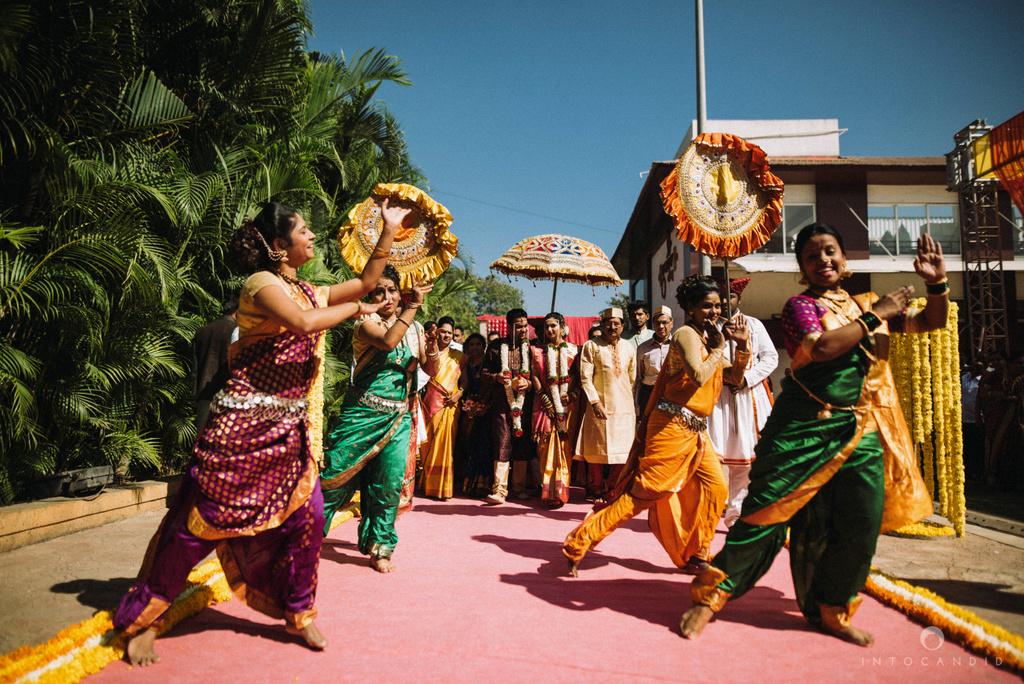 pune_wedding_photographer_intocandid_wedding_photography_ketan_photographer_manasvi_photographer_32.jpg