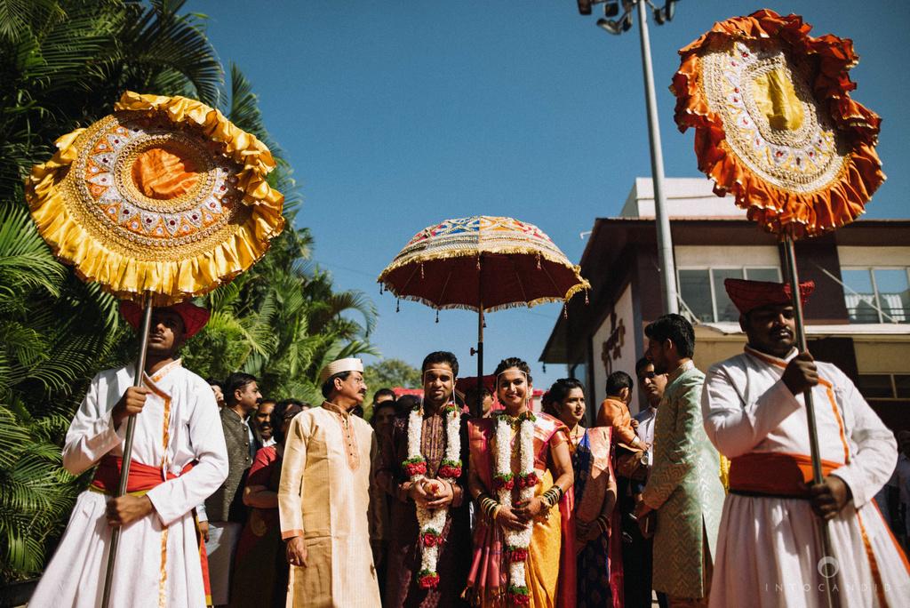 pune_wedding_photographer_intocandid_wedding_photography_ketan_photographer_manasvi_photographer_33.jpg