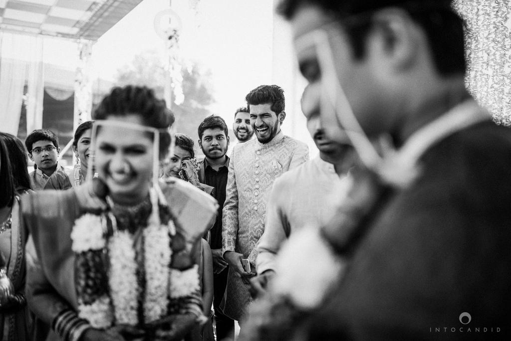 pune_wedding_photographer_intocandid_wedding_photography_ketan_photographer_manasvi_photographer_38.jpg