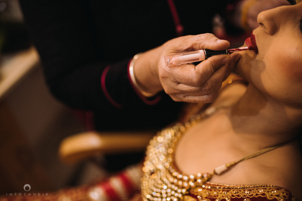 mumbai_wedding_photographer_delhi_wedding_intocandid_ketan_manasvi_lakhbir_dotdusk_photographer_21.jpg