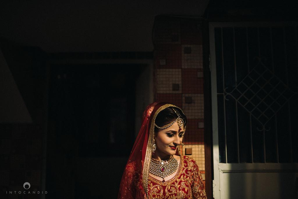 mumbai_wedding_photographer_delhi_wedding_intocandid_ketan_manasvi_lakhbir_dotdusk_photographer_23.jpg