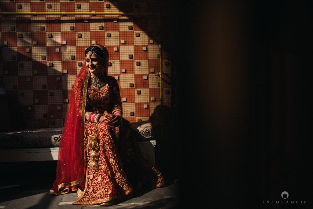 mumbai_wedding_photographer_delhi_wedding_intocandid_ketan_manasvi_lakhbir_dotdusk_photographer_24.jpg