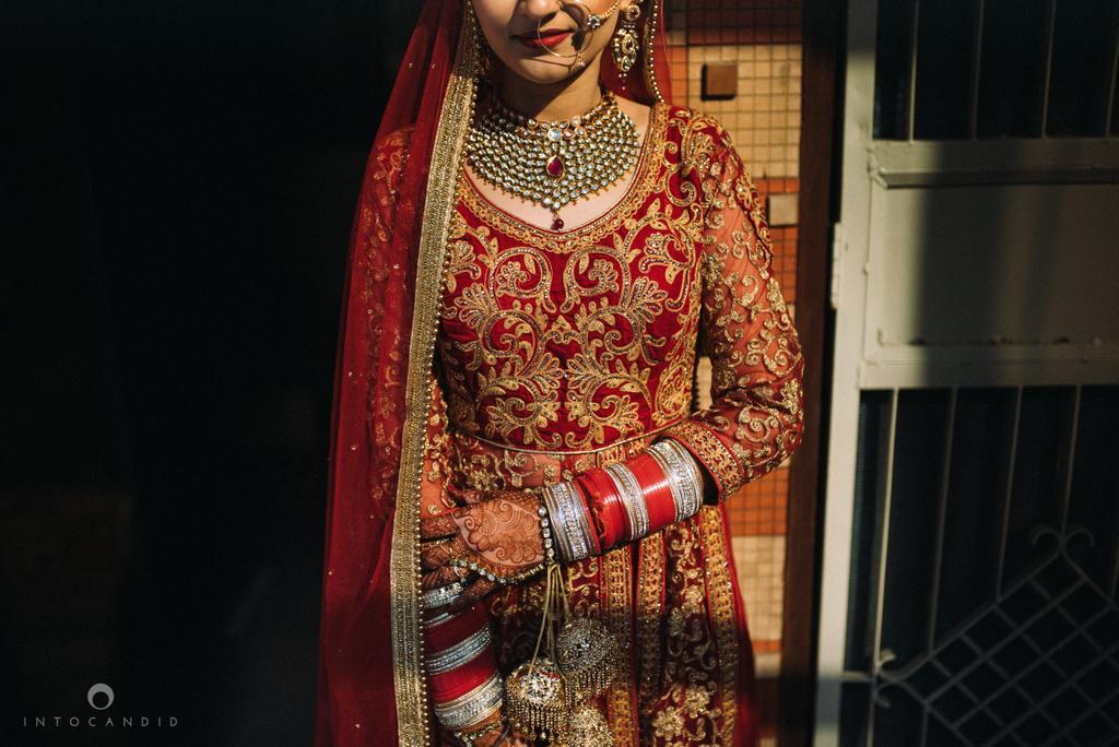 mumbai_wedding_photographer_delhi_wedding_intocandid_ketan_manasvi_lakhbir_dotdusk_photographer_25.jpg