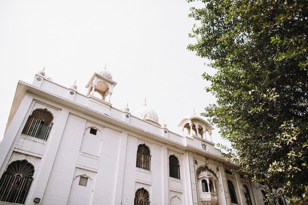 mumbai_wedding_photographer_delhi_wedding_intocandid_ketan_manasvi_lakhbir_dotdusk_photographer_29.jpg