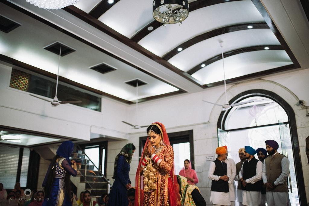mumbai_wedding_photographer_delhi_wedding_intocandid_ketan_manasvi_lakhbir_dotdusk_photographer_35.jpg