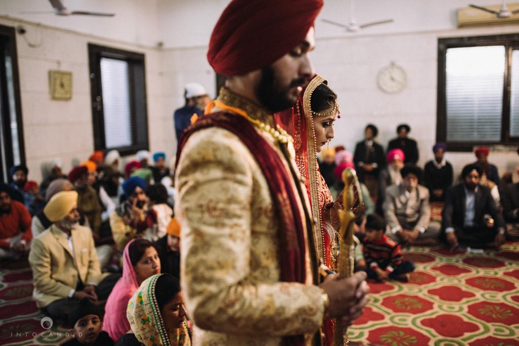 mumbai_wedding_photographer_delhi_wedding_intocandid_ketan_manasvi_lakhbir_dotdusk_photographer_39.jpg