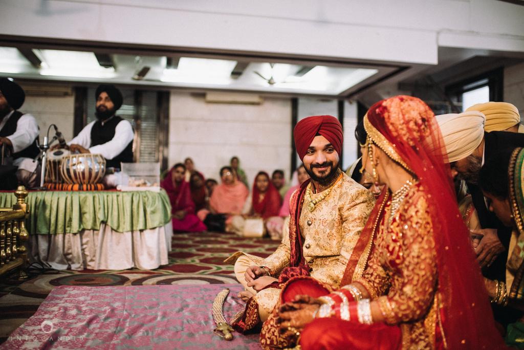 mumbai_wedding_photographer_delhi_wedding_intocandid_ketan_manasvi_lakhbir_dotdusk_photographer_43.jpg