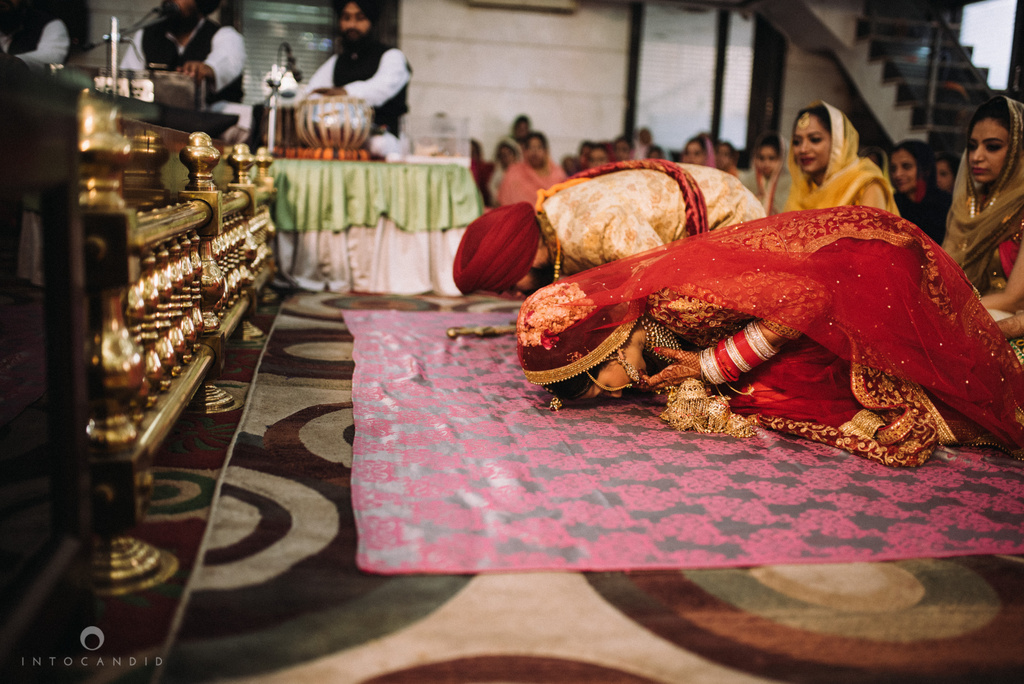 mumbai_wedding_photographer_delhi_wedding_intocandid_ketan_manasvi_lakhbir_dotdusk_photographer_45.jpg