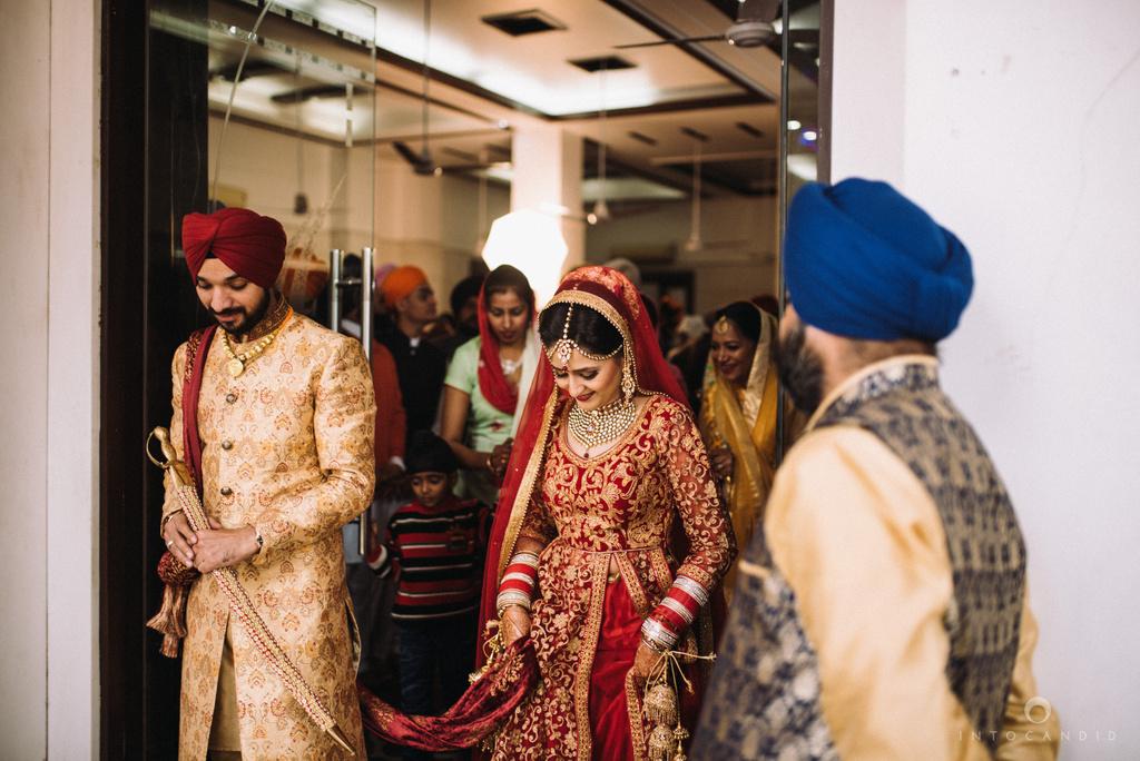 mumbai_wedding_photographer_delhi_wedding_intocandid_ketan_manasvi_lakhbir_dotdusk_photographer_67.jpg