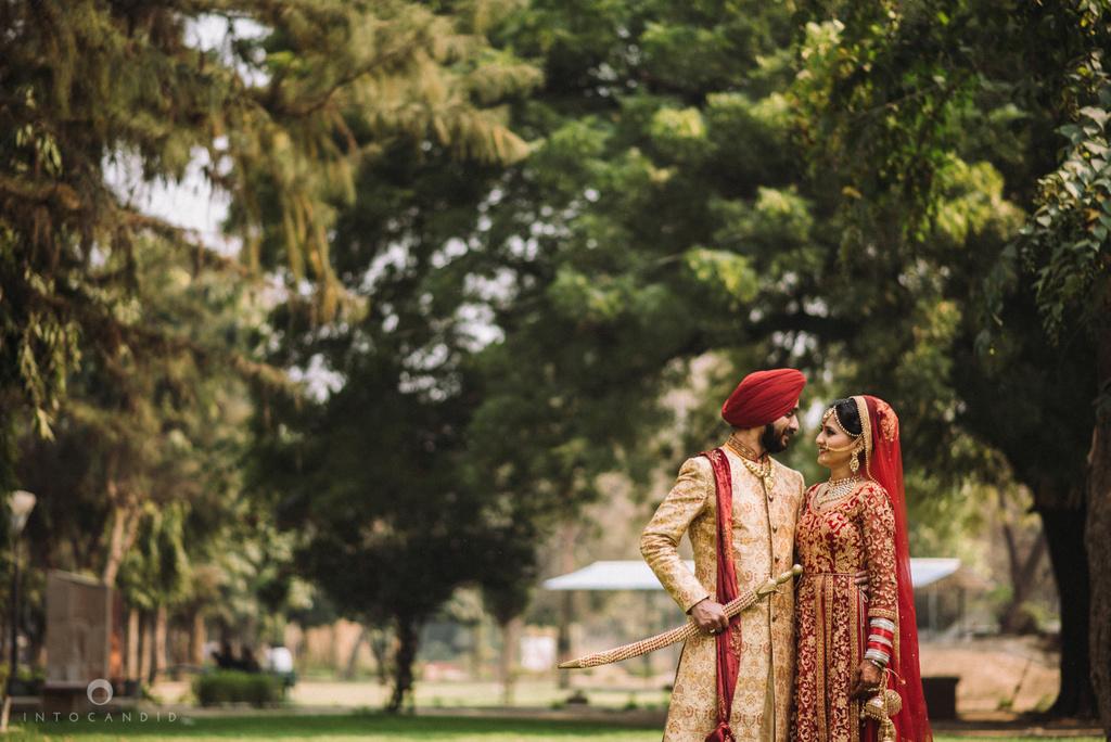 mumbai_wedding_photographer_delhi_wedding_intocandid_ketan_manasvi_lakhbir_dotdusk_photographer_79.jpg
