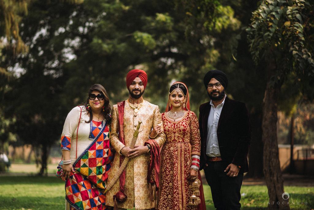 mumbai_wedding_photographer_delhi_wedding_intocandid_ketan_manasvi_lakhbir_dotdusk_photographer_80.jpg