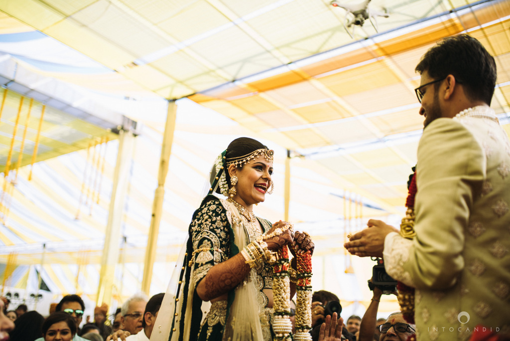 mumbai_candid_wedding_photographer_ketanmanasvi_intocandid_photography_47.jpg