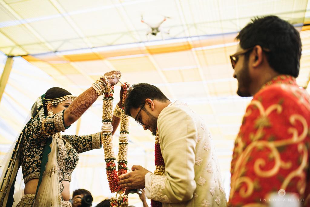 mumbai_candid_wedding_photographer_ketanmanasvi_intocandid_photography_48.jpg